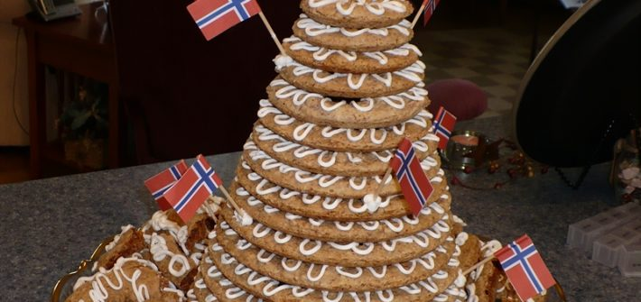 Kransekake - Norwegian wedding cake