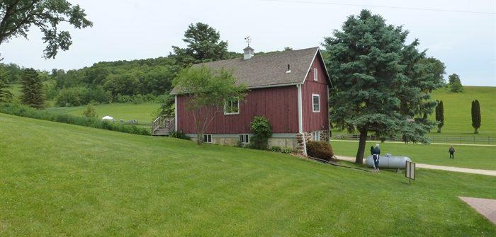 Harvest Home Farm fiber fest - back of guest house