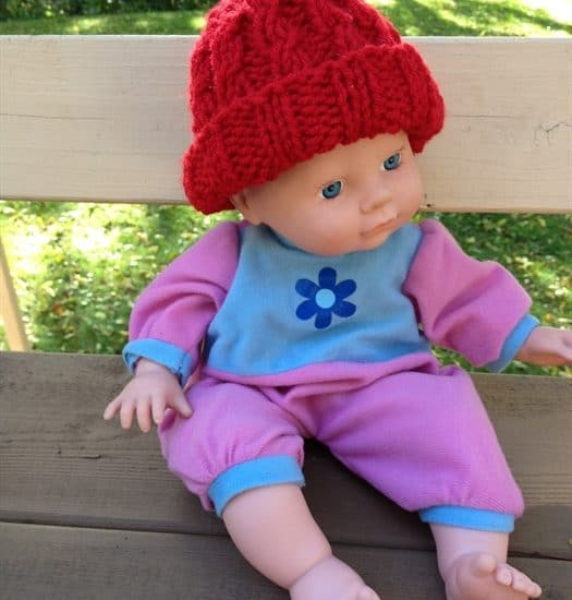 ASimpleHomestead.com - preemie baby mock cable hat