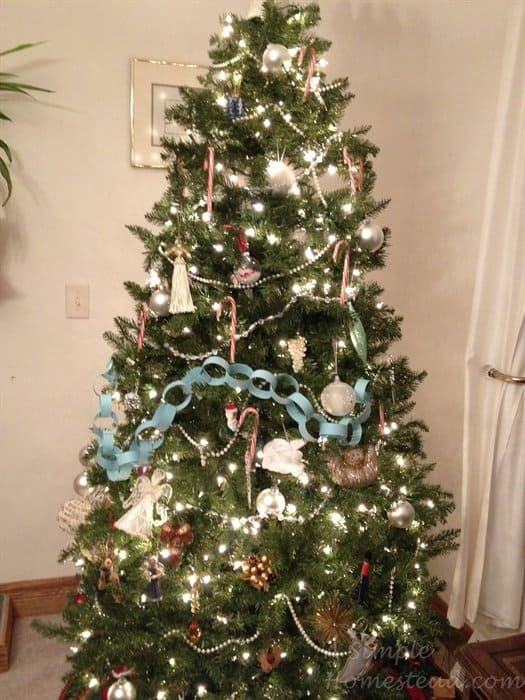 ASimpleHomestead.com - 2014 Christmas tree