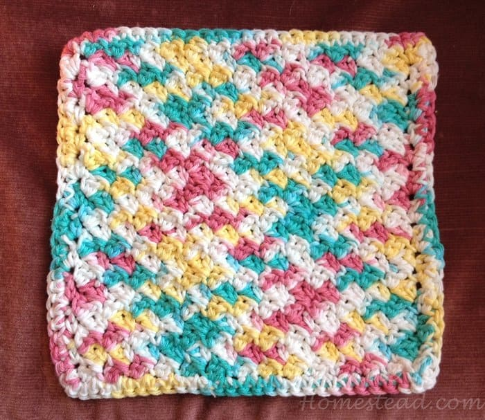 ASimpleHomestead.com - crochet washcloth