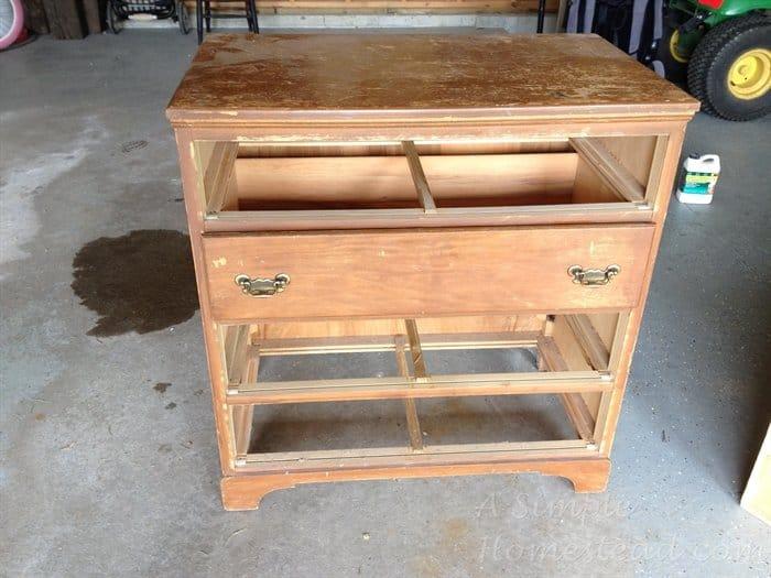 ASimpleHomestead.com - dresser before