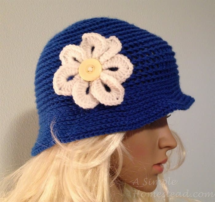 ASimpleHomestead.com - 1920's Snowflake Cloche