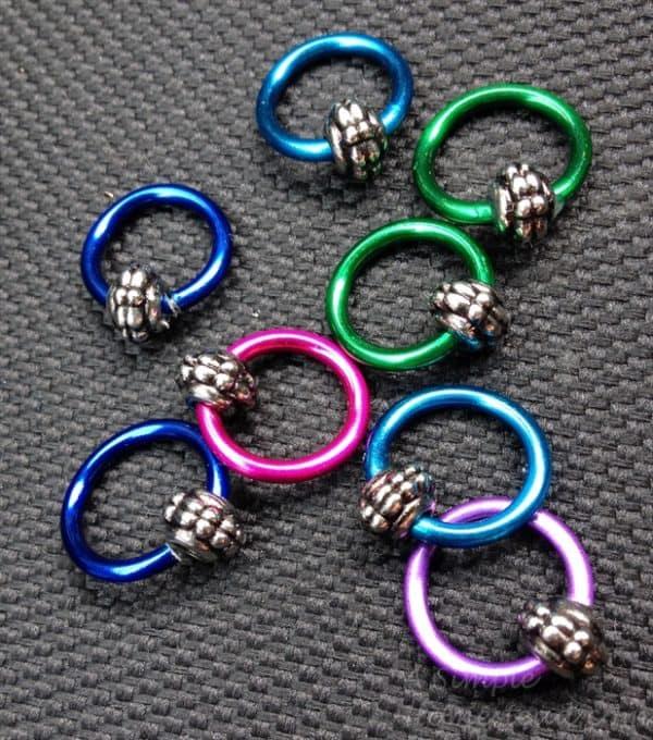 ASimpleHomestead.com - aluminum stitch markers