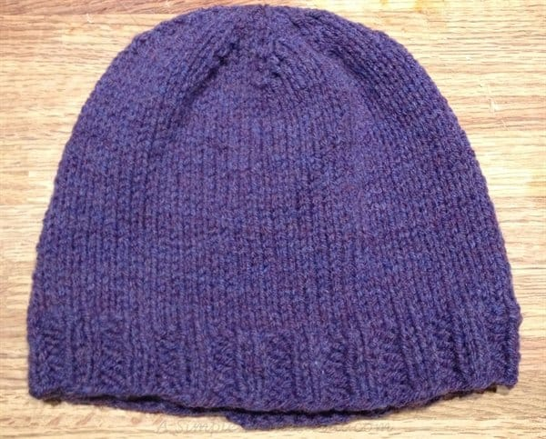 ASimpleHomestead.com - simple knit hat