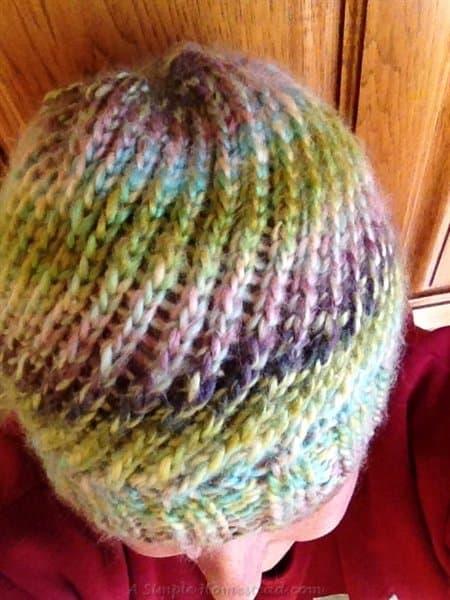 ASimpleHomestead.com - knit spiral hat