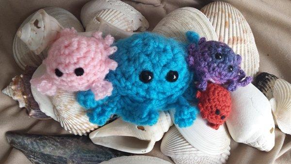 crochet crab set