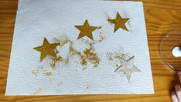 Wonder Woman glitter stars - ASimpleHomestead.com