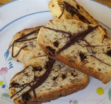 biscotti, pecan currant