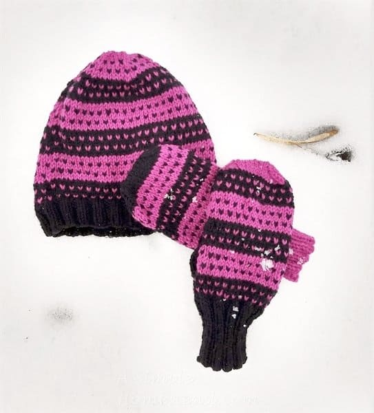 Hearts Aplenty hat and mittens