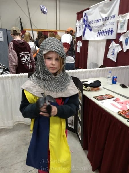 Medieval knight (pint sized)