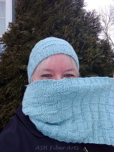 Icy Textures Hat and Cowl